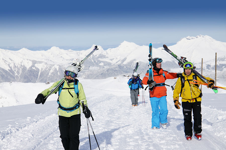 off piste ski lessons off piste guiding with ZigZag ski school Samoens Grand Massif