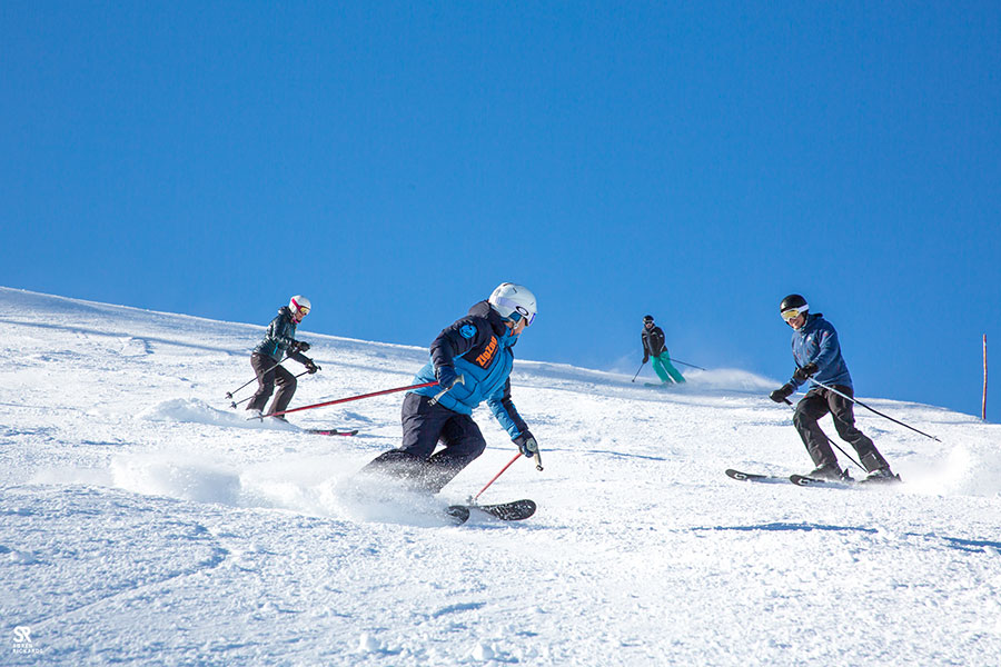 Learn To Ski In Samoëns Adult Group Ski Lessons