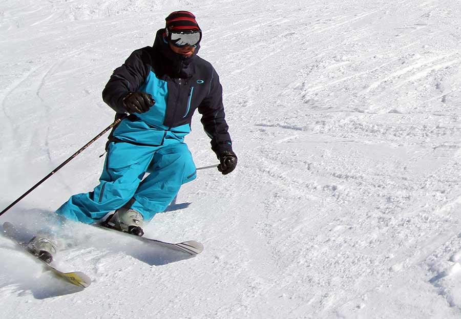 Ski training with ZigZag ski school Samoens